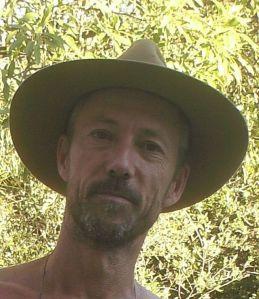 Dom au chapeau